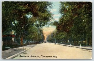 Oshkosh Wisconsin~Algoma Street~Home w/Pretty Porch~Sidewalk Work 1912 Postcard