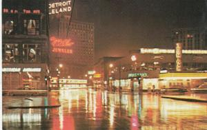 DETROIT, Michigan , 1940-60s ; Greyhound Bus and Airlines Terminal