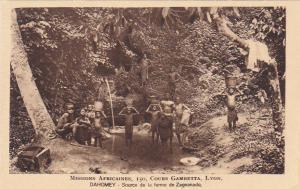 DAHOMEY , Africa , 1910s ; Source de la ferme de Zagnanado