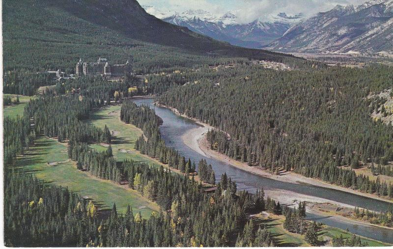 Post Card Canada Alberta Canadian Rockies Banff Springs Hotel