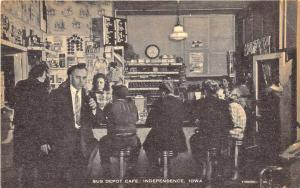 Independence IA Bus Depot Cafe Interior Postcard