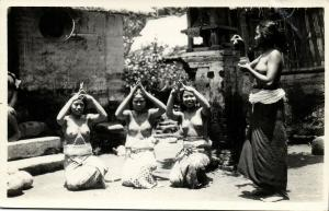indonesia, BALI, Native Topless Women Unknown Ceremony (1920s) Lai Heng RPPC