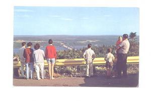People, Kelly Mountain Bras D'or Bridge Nova Scotia, Len Leiffer,