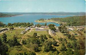 Lakeview Tourist Courts & Boat Dock Area near Bull Shoals AR
