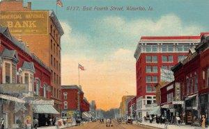 LPS81 WATERLOO Iowa East Fourth Street Town View Postcard