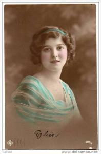 RP Edwardian Pretty Lady / Girl Fashion  hand tinted photo postcard , 1900´s...