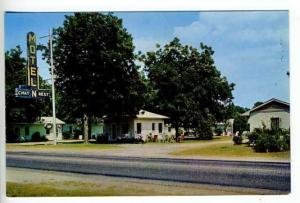 Turbesville SC Chat-N-Rest Motel Postcard