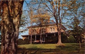 LEXINGTON  VA PRESIDENTS HOME~HOME OF GEN ROBERT E LEE~WASHINGTON & LEE POSTCARD
