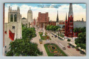 Milwaukee WI, Court Of Honor Looking East, Linen Wisconsin Postcard