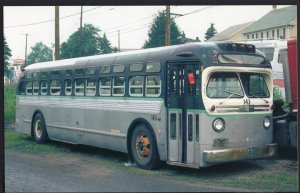 Bus ~ GM TDH-4512 manufactured in the 1950s in Hazelton Penn in 1984 1950s-1970s