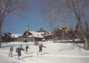 MONTEBELLO, Quebec, Canada, PU-1986; Le Chateau Montebello, People on Skis