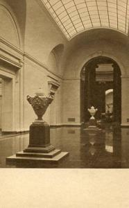 DC - Washington, National Gallery of Art, East Sculpture Hall with Clodion Urns
