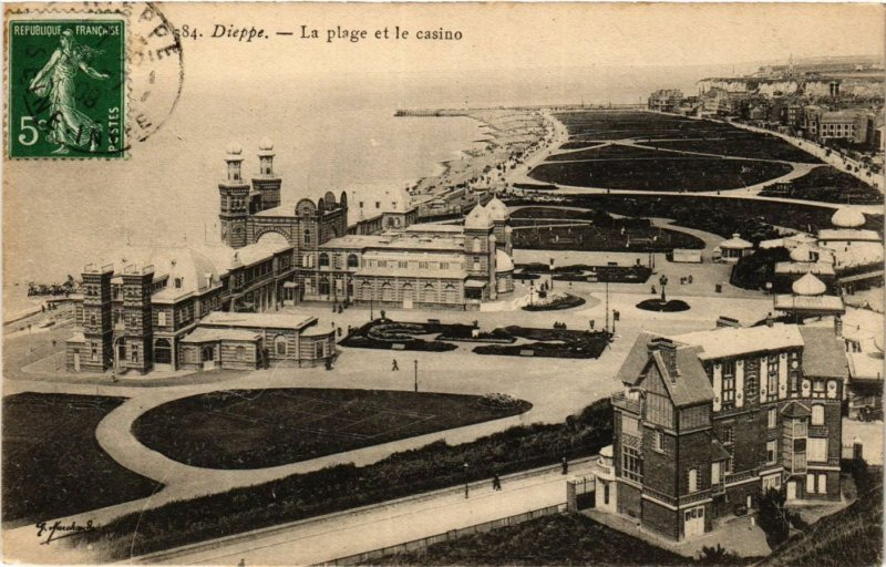 CPA DIEPPE La plage et le Casino (416347)