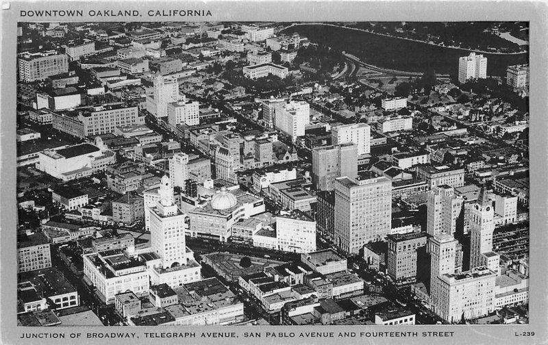 Aerial View Downtown Oakland California 1930s Clear View Wayne postcard 2197