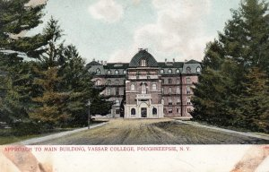 POUGHKEEPSIE , New York , 1901-07 ; Main Building , Vassar College