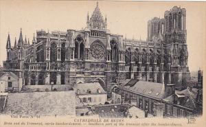 France Reims Cathedrale Bras sud du Transept etat apres bombardement