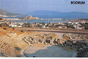 B109814 Turkey Bodrum A view from Bodrum Theatre Ruins Promenade Harbour