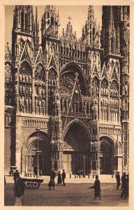 B38528 Rouen Facade de la Cathedrale    france