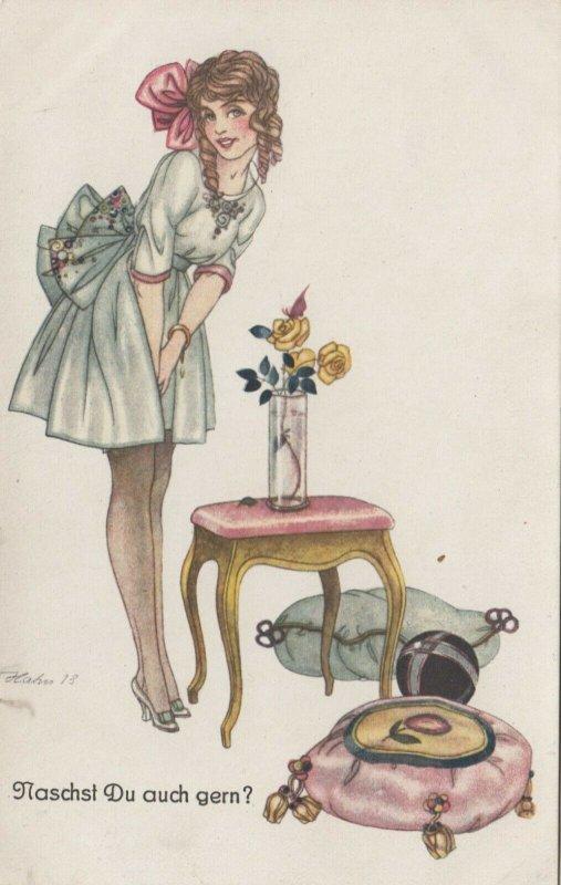 ART DECO ; Female wearing pale green cocktail dress, 1910-20s