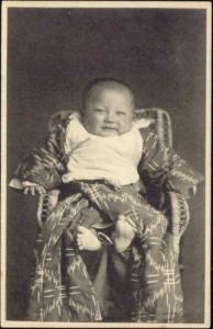 japan, Young Japanese Baby in Chair (1911) Tonboya