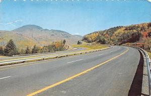 Canada Autoroute des Cantons de l'Est Reliant Montreal a Sherbrooke Highway