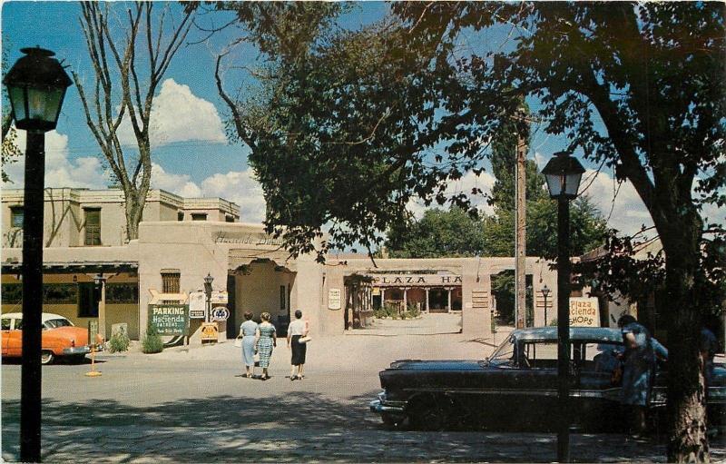 Albuquerque New Mexico~La Hacienda Corner On Old Town Plaza~Gift Shops~1950s PC