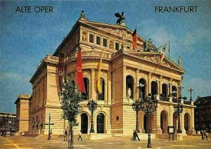 Frankfurt, Alte Oper, Opera House Flags Promenade Statue