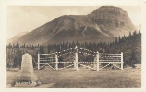 RP: The Great Divide Sign , Border Alberta & B.C. , Canada , 1920-40s