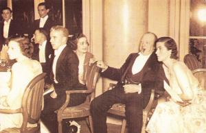 Nostalgia Postcard Winston Churchill Charlie Chaplin film City Lights 1931 NS1