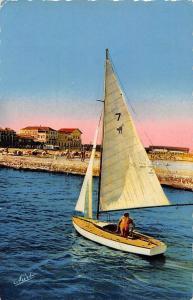 France Palavas Herault Les Plaisirs de la Voile Boat Bateau Promenade