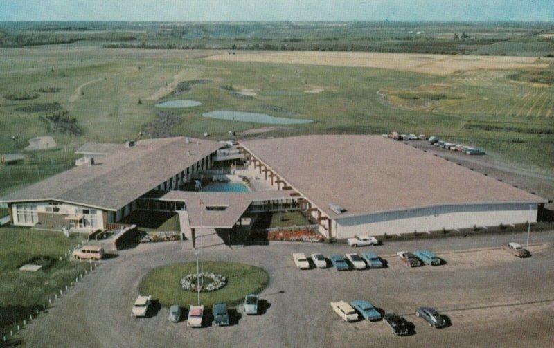 EDMONTON , Alberta , Canada , 50-60s ; Derrick Golf & Winter Club