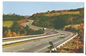 PA Turnpike Fort Littleton Area Pennsylvania HOJO Postcard