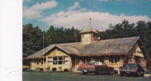 Exterior,  Log House Restaurant,  Barkhamsted,   Connecticut,   40-60s