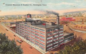 Davenport Iowa~Crescent Macaroni & Cracker Co~Factory Panorama~Artist~1940 Linen