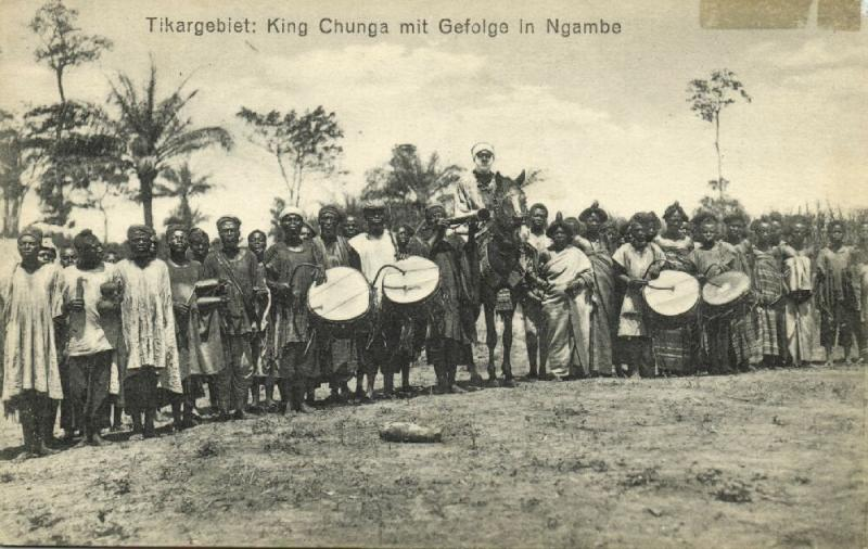cameroon, D.W.A., King Chunga of the Tikar with Staff in Ngambé (1910s)