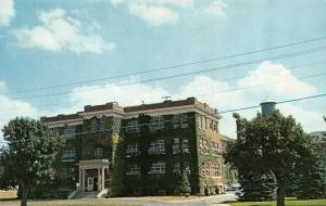 MILFORD, DE Delaware LD CAULK COMPANY DENTAL LABORATORY~Admin Building  Postcard