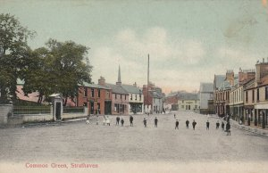 STRATHAVEN , South Lanarkshire, Scotland , 00-10s ; Common Green