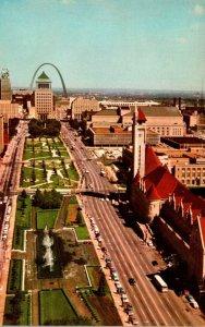 Missouri St Louis Aerial View Market Street and Aloe Plaza