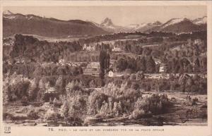 France Pau Le Gave  et les Pyrennes vue de la Place Royale