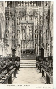 Hampshire Postcard - Winchester Cathedral - The Reredos- Real Photo - Ref 8913A