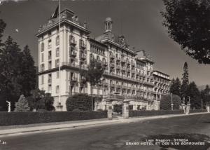 RP: STRESA , Italy , 1954 ; Grand Hotel et des Iles Borromees