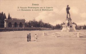 Il Piazzale Michelangiolo Con La Loggetta E Il Monumento In Onore Di Michelan...