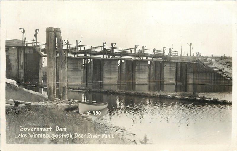 Deer River Minnesota~Lake Winniebigoshish~Government Dam~Canoe~1936 RPPC