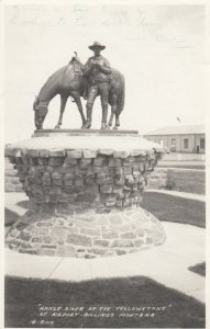 RP; BILLINGS , Montana, 1949 ; Range Roder of the Yellowstone Statue , airport
