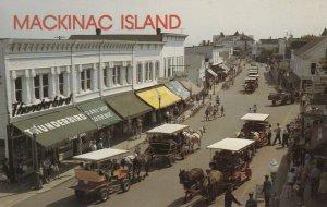 MACKINAC ISLAND , Michigan , 40-60s ; Main Street
