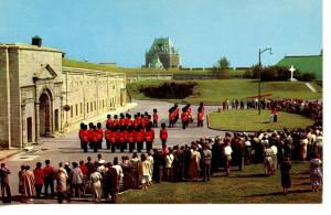 CANADA    PC402    CHANGING OF THE GUARDS