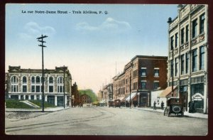 h2181 - TROIS RIVIERES Quebec Postcard 1920s Notre Dame Street. Stores Old Car