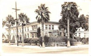 RPPC HOTEL LOS MEDANOS Pittsburg, CA Davies Photo ca 1940s Vintage Postcard