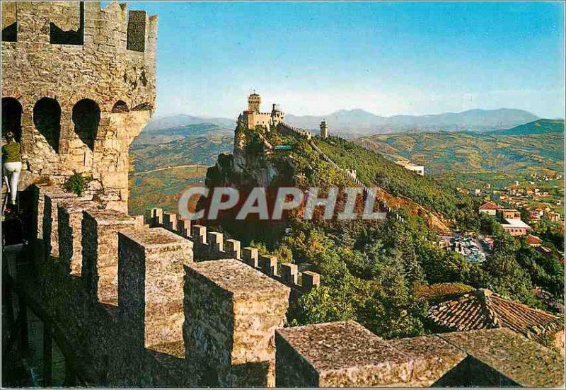 Postcard Modern Republica di S. Marino The Three Towers