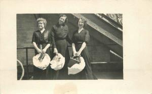 C-1910 Happy Women Packages Purse Ship Deck RPPC real photo postcard 4956